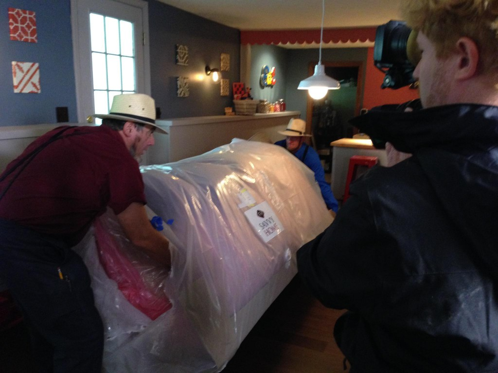 Savvy Home Sofa on Amish Renogades DIY TV
